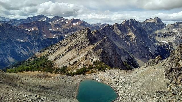 the tarn route from ridge