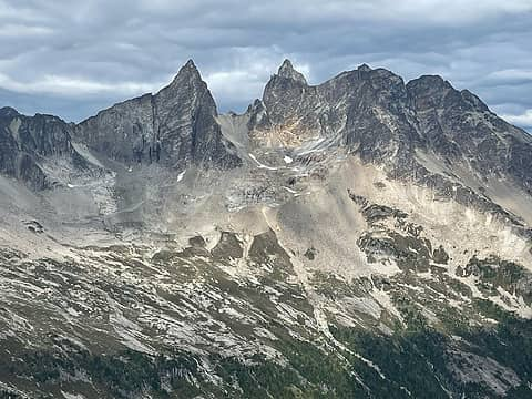 Mox Peaks & the Col of the Wild