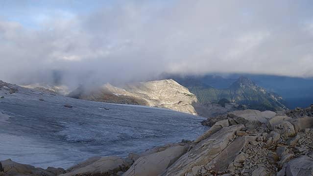 Navigating the ridge on Hinman