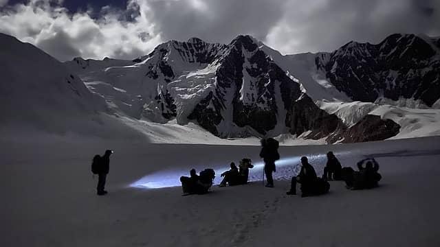 152- Porters, with Gondogoro La at far left (Ehsan's photo)