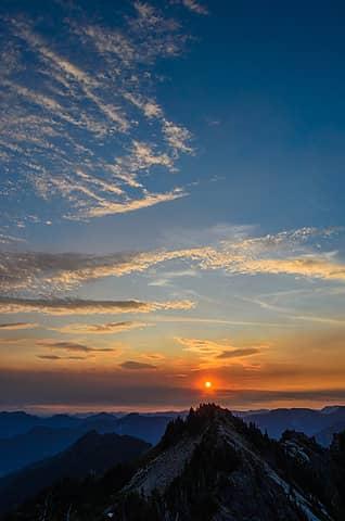 Sunrise, Tolmie Peak