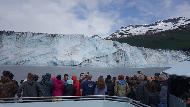 Loads of people watching the glacier calving
