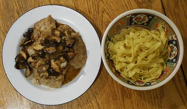 veal scallopini with shitakes and fettuccine 090821