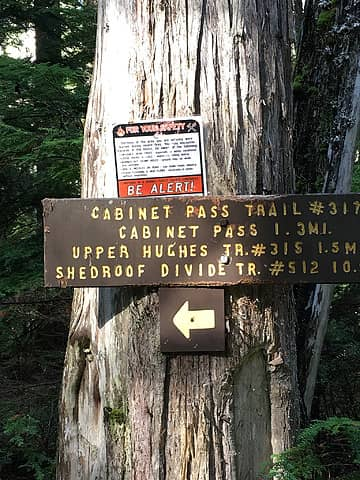 trail junction at the start of the north fork  priest river trail
